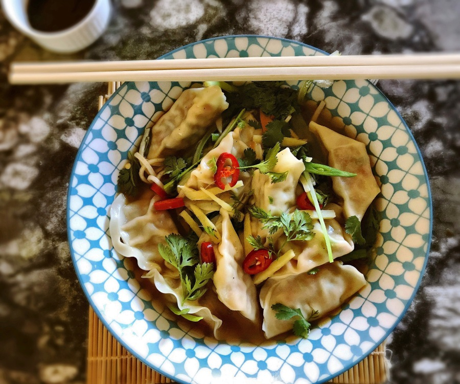 recipe: dumpling noodle soup