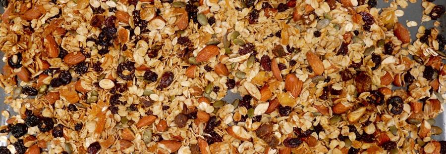 recipe: crunchy granola