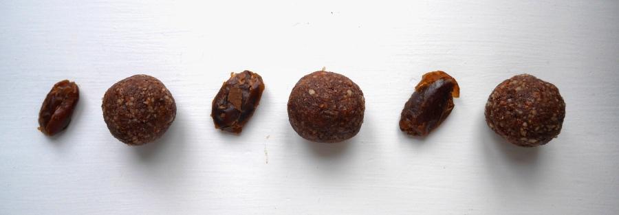 recipe: festive proteinballs